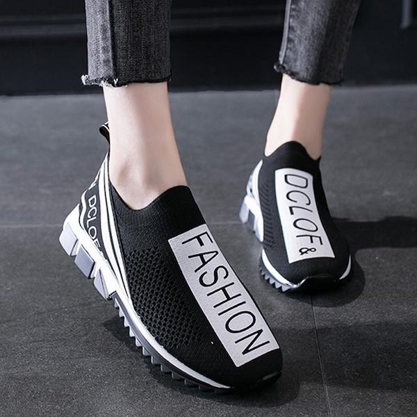 حذاء رياضي نسائية خفيفة الوزن قابلة للتنفس بأحرف سهلة الارتداء