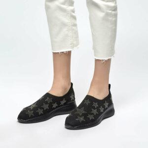 حذاء سليب اون أسود نسائي