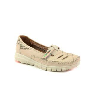 حذاء جلد بيج نسائي