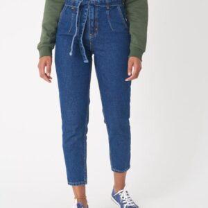بنطلون جينز أزرق غامق بحزام نسائي