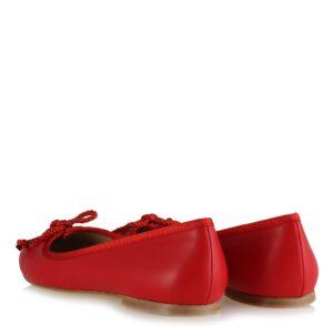 حذاء فلات احمر كلاسيكي نسائي
