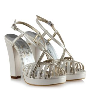 حذاء بيج بفصوص وباند كروس وكعب نسائي