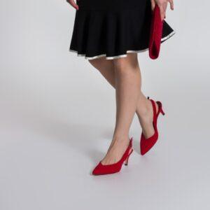 حذاء بفتحة خلفية جلد سويدي أحمر نسائي