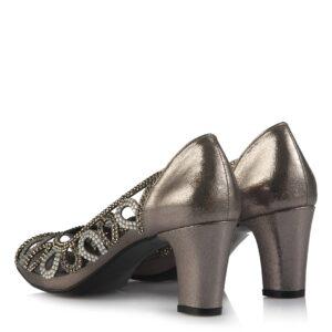 حذاء بكعب رمادي غامق بفصوص نسائي